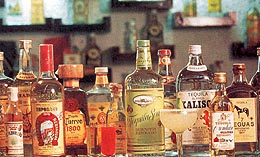 http://www.mexique-fr.com/Tequila/botellas.jpg
