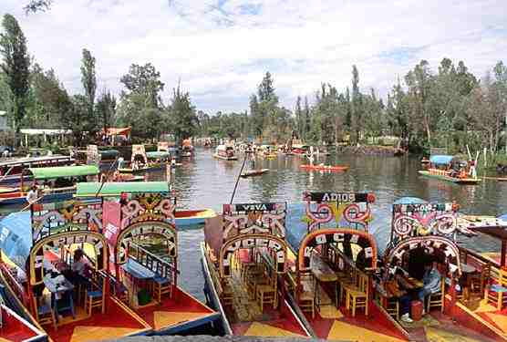 Xochimilco a la d couverte du mexique mexique for Xochimilco jardin flottant