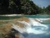 Les belles cascades couleur bleue...