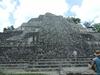 Site archéologique de Becan, la pyramide est haute de 32 mètres