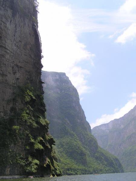 Cañon del Sumidero: à gauche, El Arbol