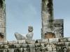 Détail du temple de guerrier: le chac mool.