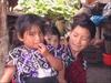 Enfants dans village indien de Zinacantan