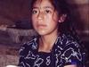 Une petite fille de San Cristobal de las Casas aidant à la cuisine