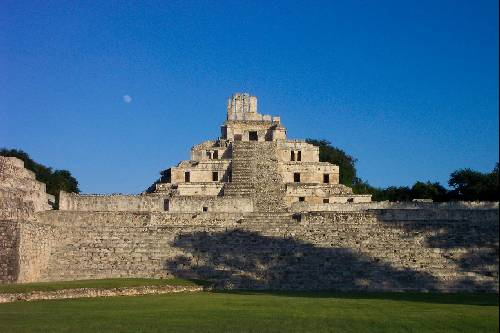 Palenque et ses magnifiques pyramides...