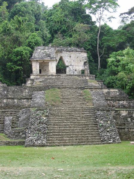 le temple de la croix feuillue