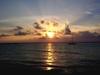 Un fabuleux coucher de soleil, comme on en voit tous les jour sur les plages mexicaines ;-)