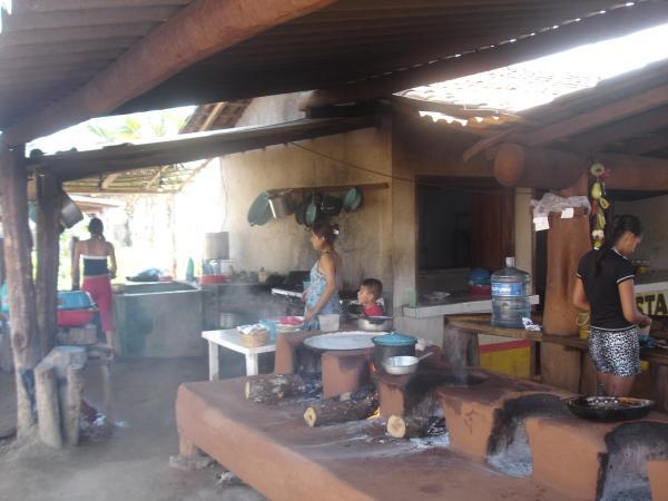 Playa Azul coté pacifique. Préparation du dîner.
