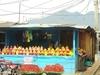 Un étal du marché de fruits et légumes